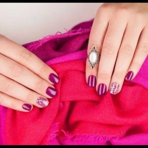 Impress Nails Purple with Purple Glitter Accents